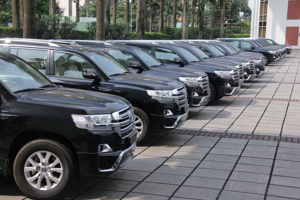 Photos: Governor Nyesom Wike releases 16 SUVs to Rivers