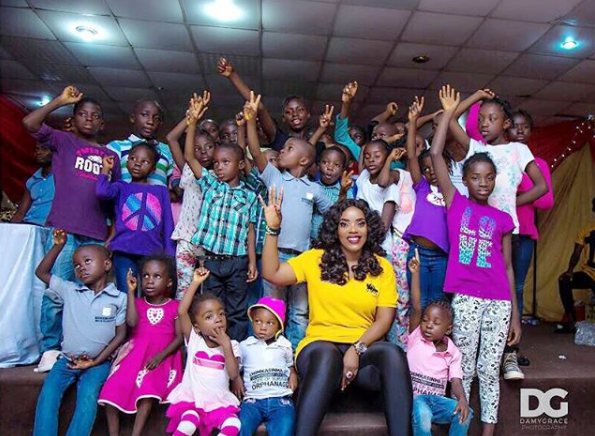 5a256d0bbfa4f - Empress Njamah birthday celebration with the less privileged