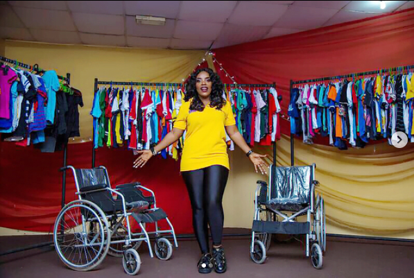 5a256edab4b7c - Empress Njamah birthday celebration with the less privileged