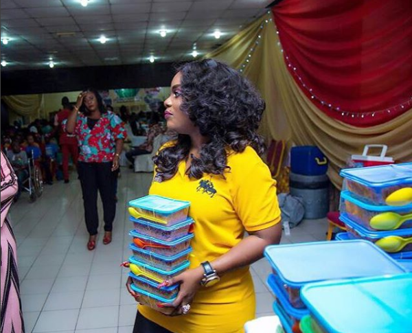 5a256f5915764 - Empress Njamah birthday celebration with the less privileged