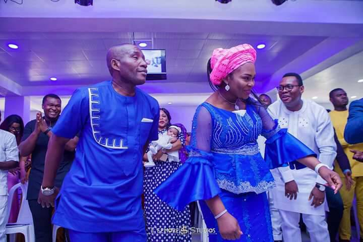 Photos: Couple welcome a set of twins after 16 years of marriage