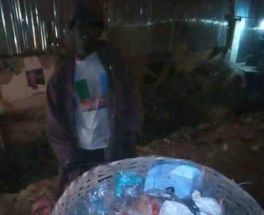 Photos: See what this man did just because President Buhari was coming to Kano