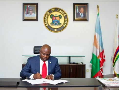 Governor Ambode approves 30% Christmas bonus for commissioners, civil servants and others