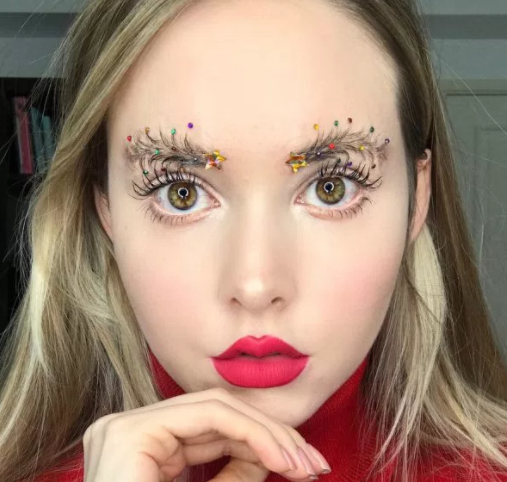 Check out the Christmas tree brows which have become the beauty trend for the festive season