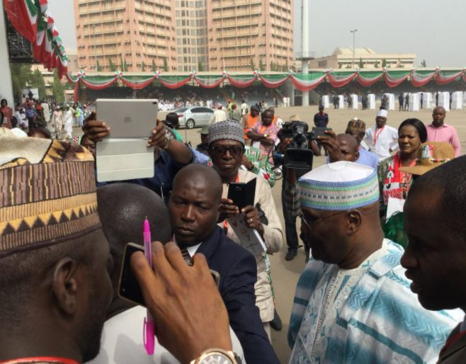 Photos:?Atiku Abubakar arrives?Eagle Square for?the 2017 PDP National Convention.