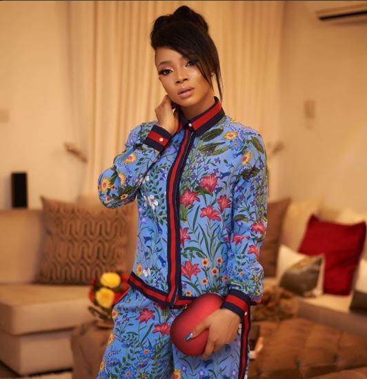 Toke Makinwa stuns in N1.1m Gucci Flora print pajama (Photos)