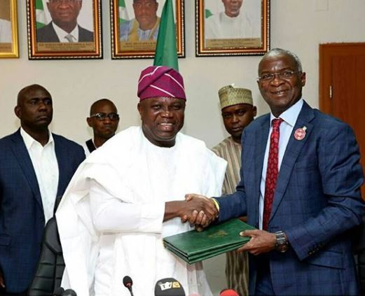 Photos: 20 years after,?Federal Government completes?the final handing over of the Marina Presidential Lodge?the Lagos State?