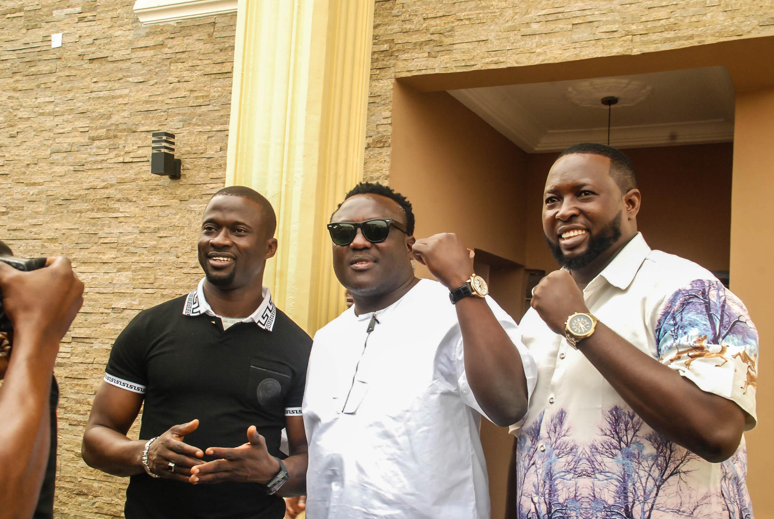Photos:?Olubadan, Oba Epe , K1 others attend Fuji music star, Malaika