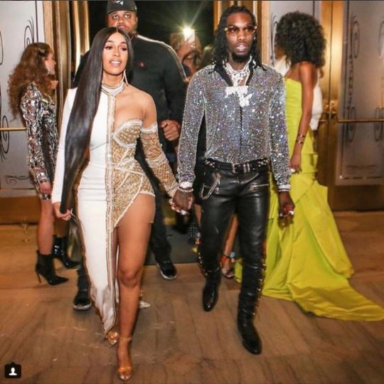 Cardi B and Offset  share passionate kiss at his 26th birthday bash...(photos)