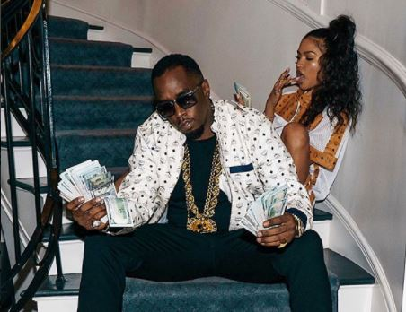 Couple Goals: Diddy and Cassie pose with wads of dollar bills (Photos)