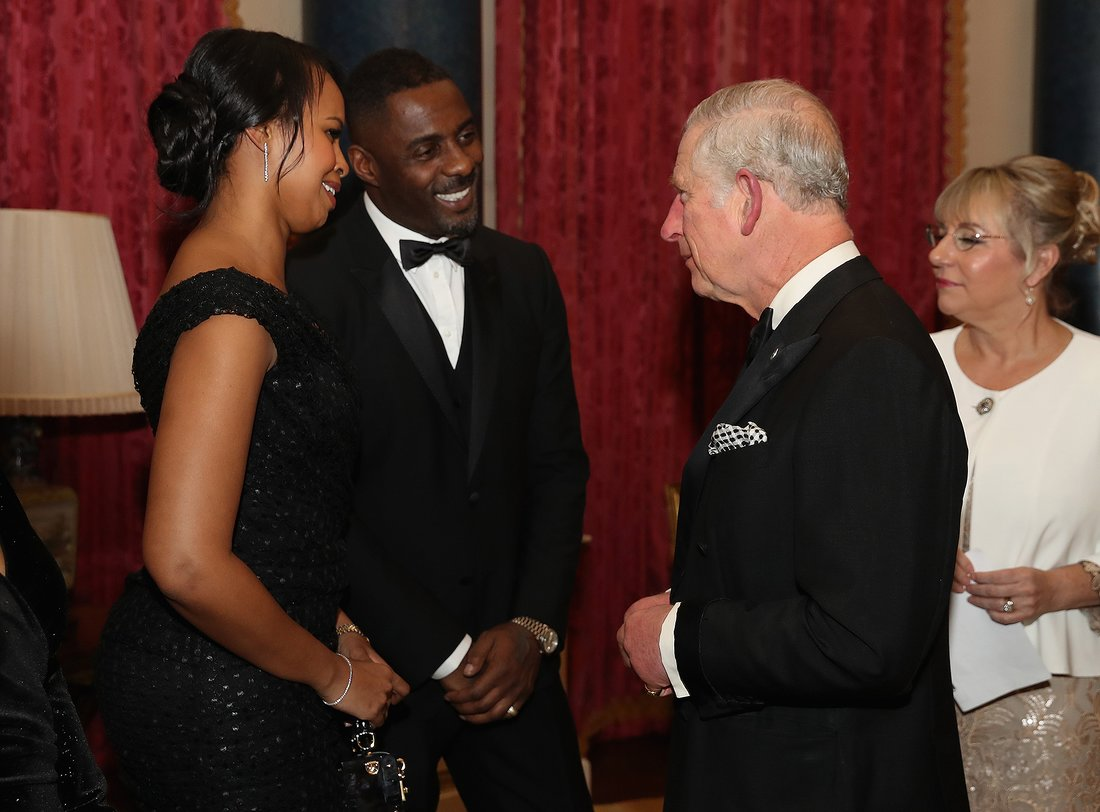 Idris Elba introduces his stunning new girlfriend to Prince Charles (Photos)
