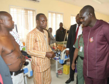 Chief of Army Staff, Lt. Gen. Buratai, visits wounded soldiers in Kaduna