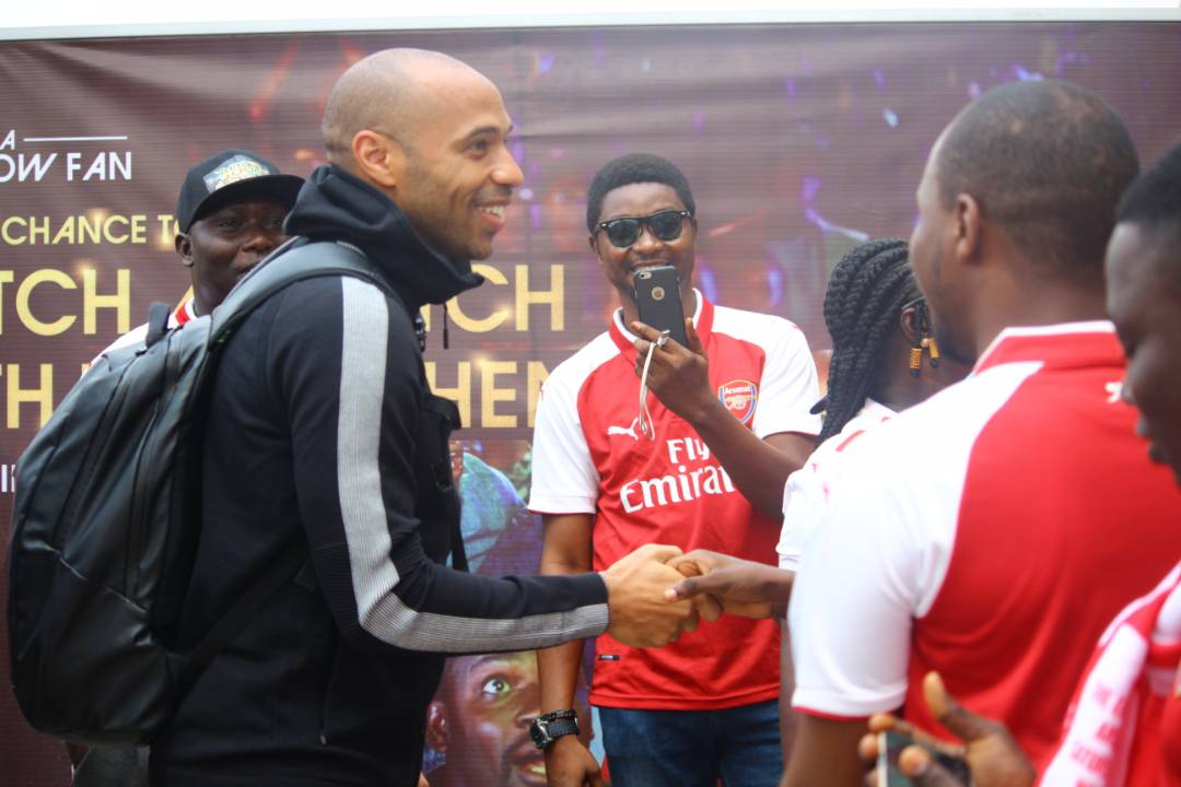 Arsenal fans welcome football Icon Thierry Henry as he arrives Nigeria for the first Time (Photos)