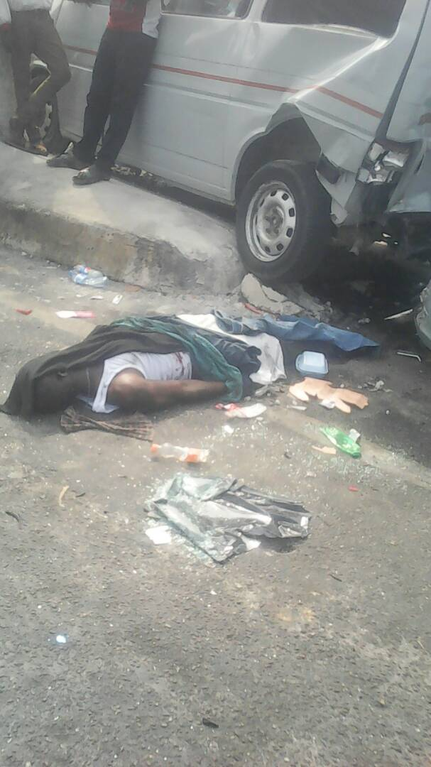 Graphic: Man dies in fatal accident on Obalende bridge