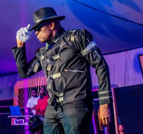 Tony Elumelu channels Michael Jackson at the 70s Disco themed Christmas party of his company, Heirs holdings (photos/videos)