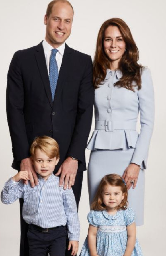 Kensington Palace release?a family Christmas photo of Prince William, wife Kate Middleton, Prince George and Princess Charlotte