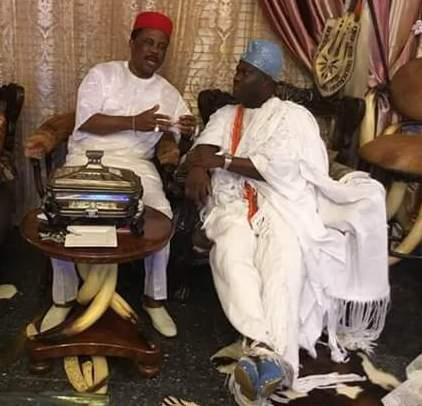 Photo: Ooni of Ife, Oba Adeyeye Enitan Ogunwusi visits Governor Obiano at his Lagos home
