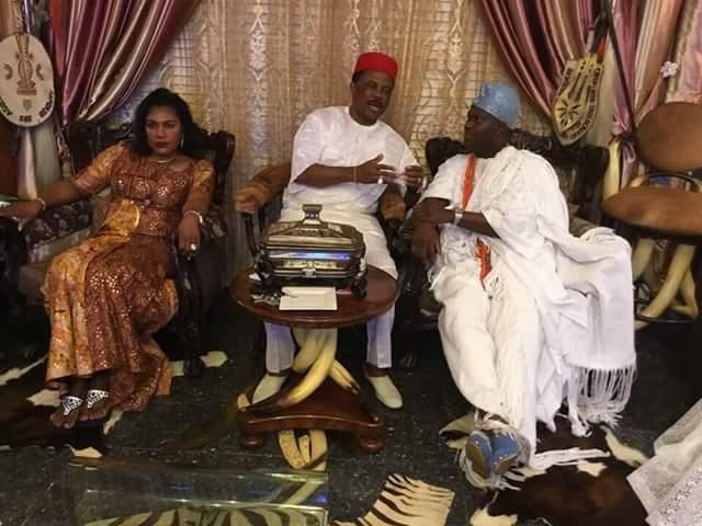 Photo: Ooni of Ife, Oba Adeyeye Enitan Ogunwusi visits Governor Obiano at his Lagos home