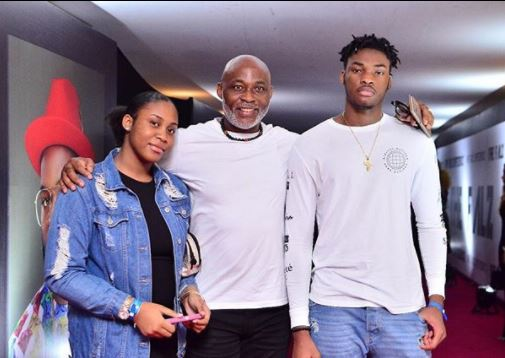 Adorable photo of RMD and his kids at the TheFalzExperience concert