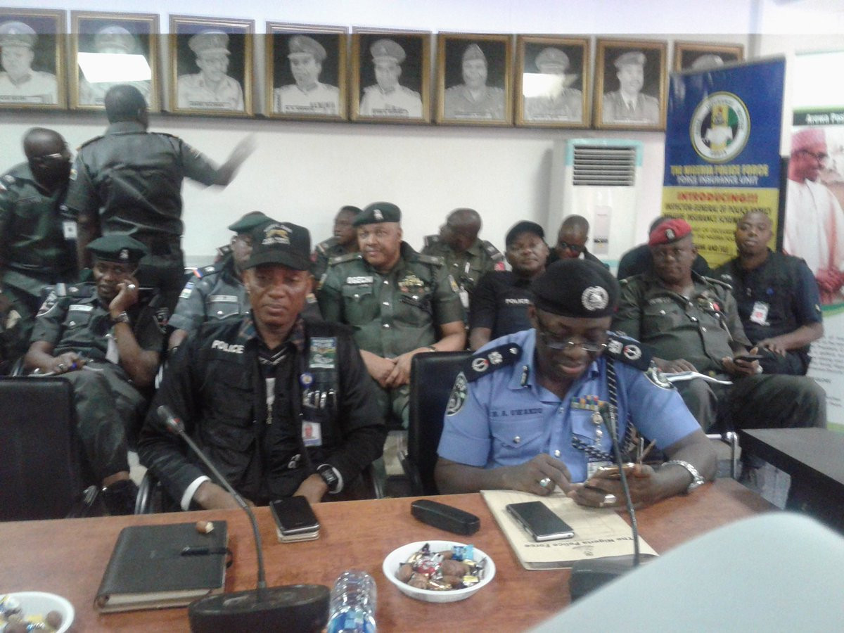 Photos: IG of Police, Idris Ibrahim, meets with SARS commanders, to begin the reform of the unit