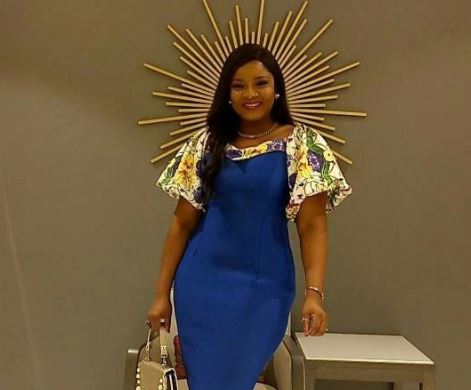 Days after losing her iPhone at an event in Lagos,??actress Omotola Jalade-Ekeinde gets it back!