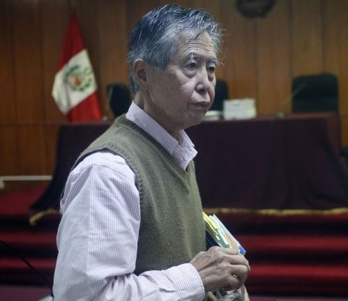 "Former Peruvian president Alberto Fujimori, serving a 25-year prison sentence for human rights abuses has been pardoned for ""humanitarian reasons"""