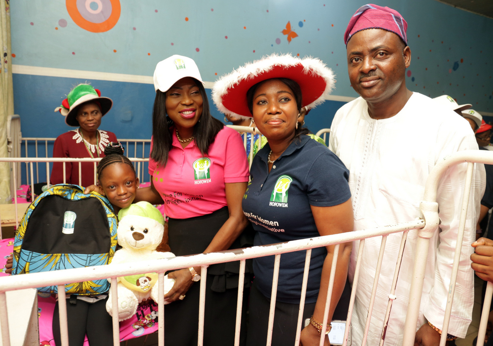 Photos: Wife of Lagos state Gov, Bolanle Ambode distributes Christmas gifts to over 500 children at Massey Hospital and Orphanage home