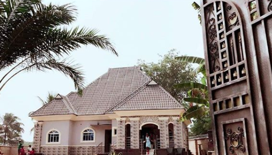 Nollywood actress, Chizzy Alichi builds bungalow for her parents (photo)