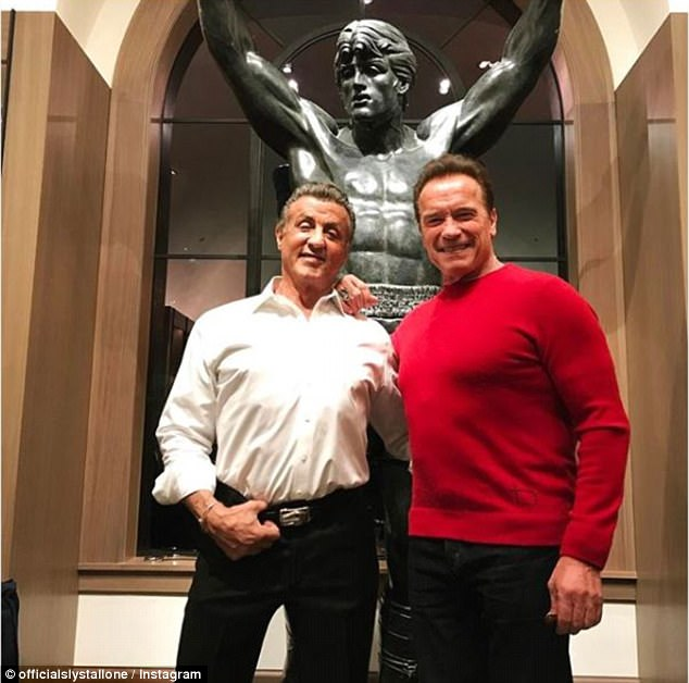 Legendary actors! Sylvester Stallone and Arnold Schwarzenegger pictured together (Photos)