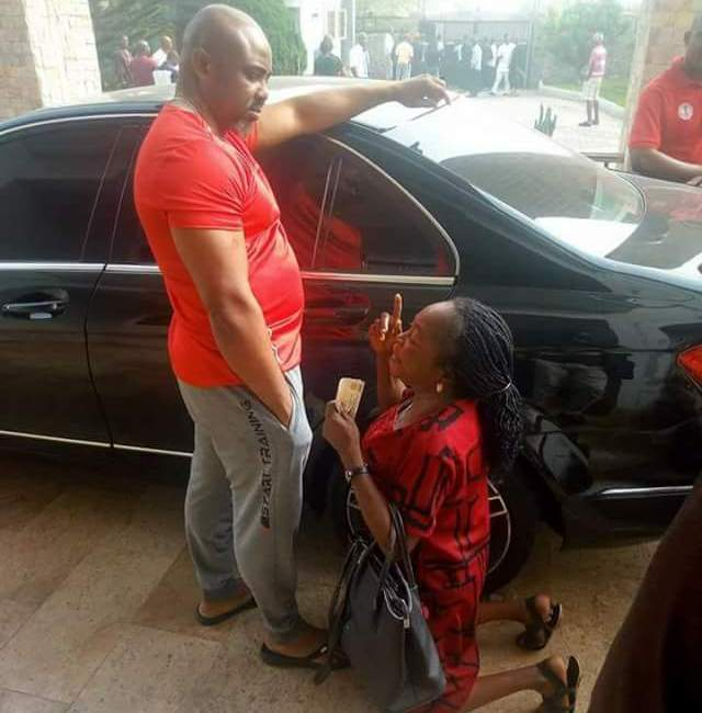 Photo: Activist blasts Akwa Ibom lawmaker for allowing a woman kneel before him