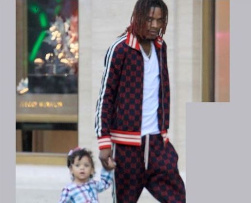 DaddyDuties! Fetty Wap enjoys a stroll with one of his children in Los Angeles?(Photos)
