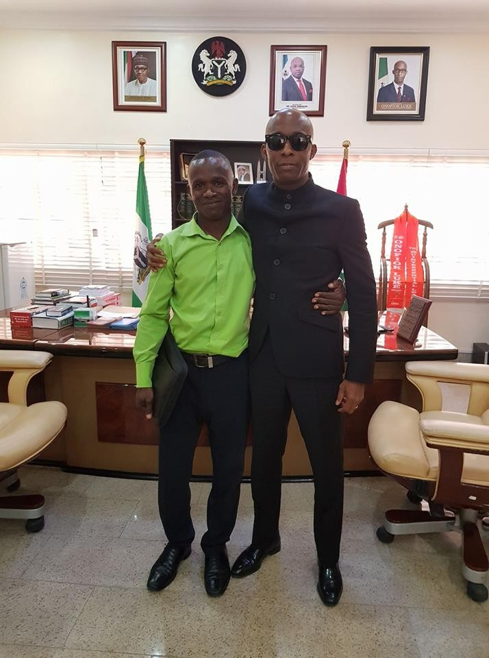 Akwa Ibom State House of Assembly Speaker, Onofiok Luke, reunites with his former primary school classmate after 26 years