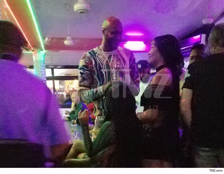 Lamar Odom pictured drinking and partying in Dominican Republic, just a month after he collapsed at a strip club (Photos)