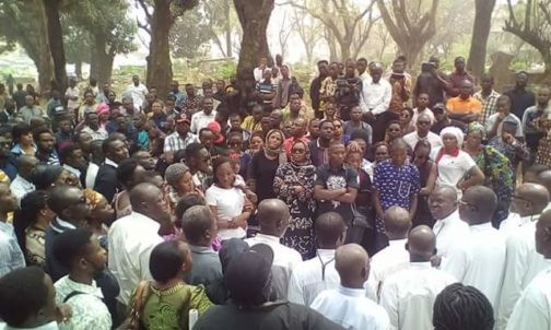 Photos from the funeral of Ibadan OAP, Oluwafemi Oluwajobi
