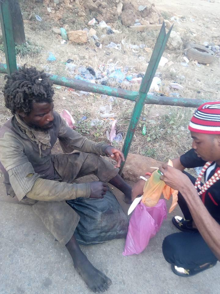 Photos: Nigerian man pays his