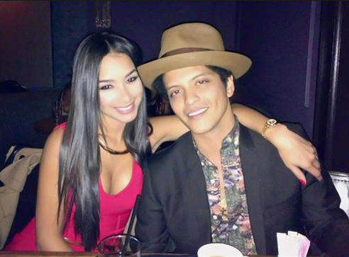 New photos of Bruno Mars? girlfriend Jessica Marie sparks butt implants rumours
