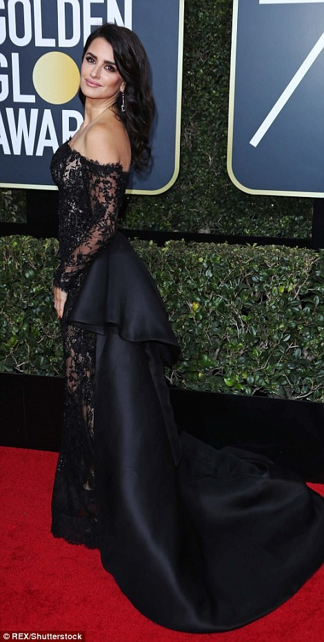 Red Carpet photos of Hollywood celebrities at the Golden Globe Awards dressed in All Black to protest sexual harassment in the industry