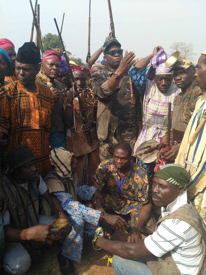 Photos: Ekiti state governor, Ayo Fayose steps out in military camo for a meeting with hunters in the state