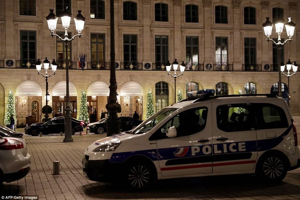 Axe-wielding robbers storm Ritz-Carlton hotel in Paris...make off with ?3.5million of jewellery