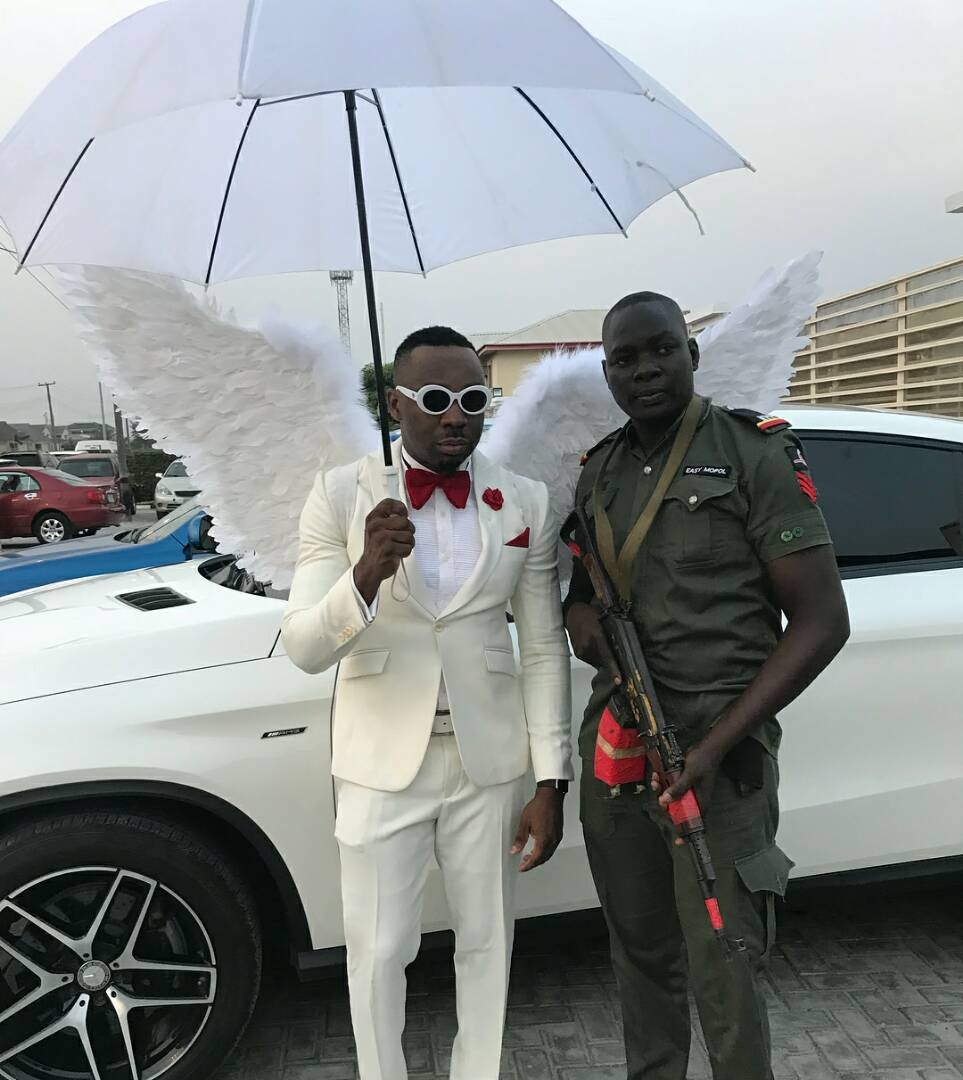 CPhotos Of Controversial Socialite, Pretty Mike, Attending A Lagos Wedding In An Angelic Costume