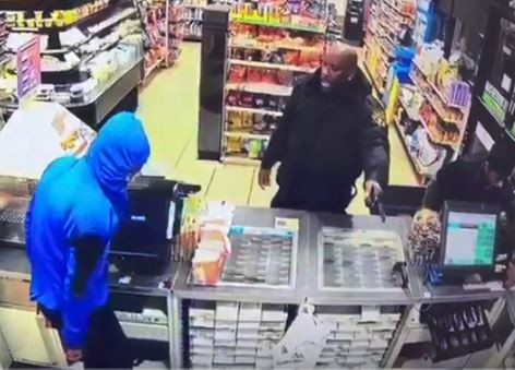 Armed security guard foils robbery attack at a New Jersey store, shoots two suspects (Video)