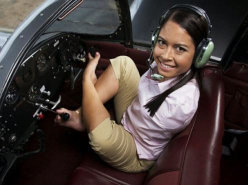 Photos: Meet?Jessica Cox, the first?licensed armless pilot who flies a plane with her legs