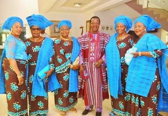 Music legend, Kind Sunny Ade step out with his 5 wives
