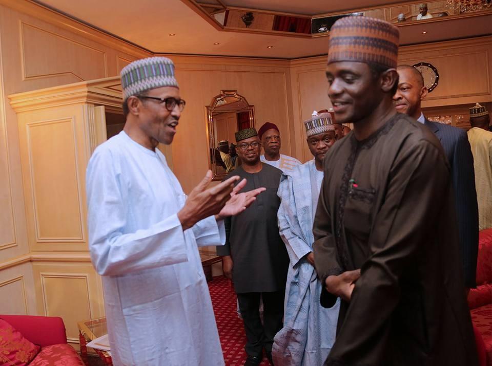 Photos: Pres. Buhari hosts Oyegun, Orji Uzor Kalu, Chime Sullivan, Otega Emerhor, Rabiu Kwankwaso, others to a dinner at the state house