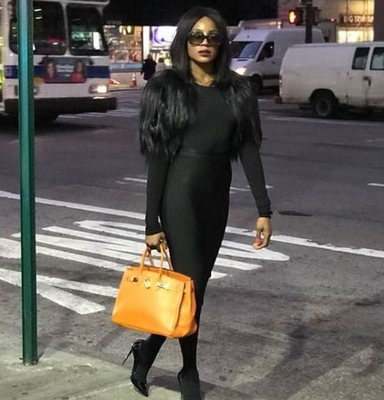Photos: Seyi Shay stuns in all black on the streets of New York