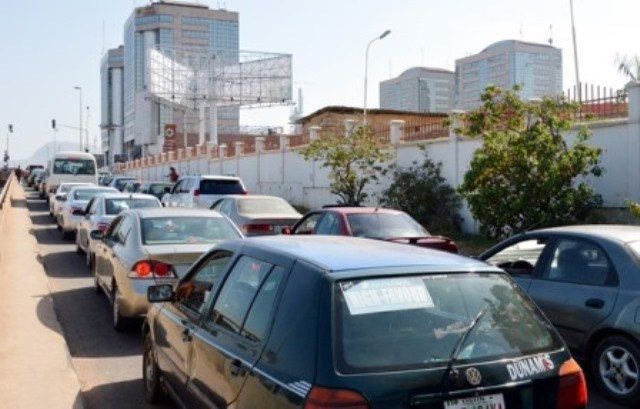 Queues back in Lagos fuel stations