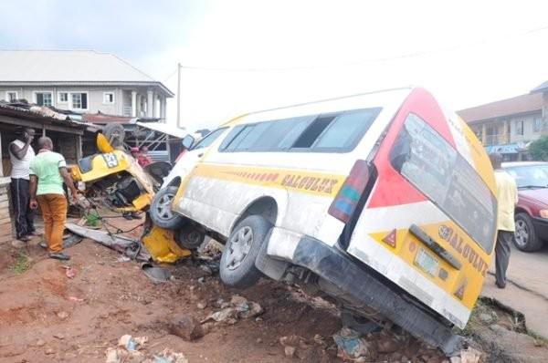 Eight Libya returnees die in fatal accident along Sagamu express way