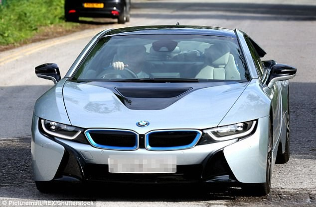 Footballer Wayne Rooney sells off his BMW i8 electric supercar after drink-driving ban (Photos)