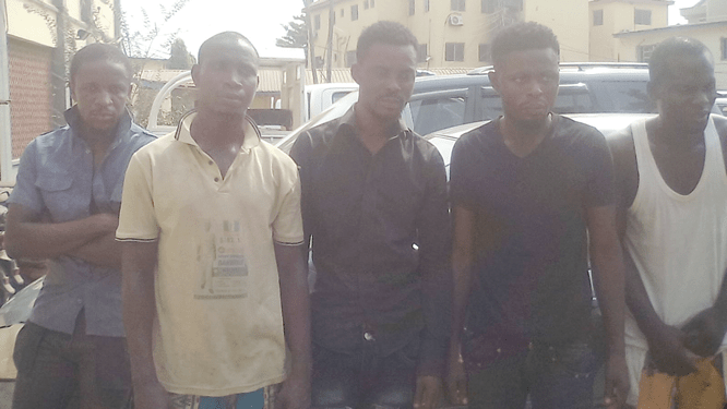 Photo: Robbers use girlfriend to snatch Uber car in Lagos