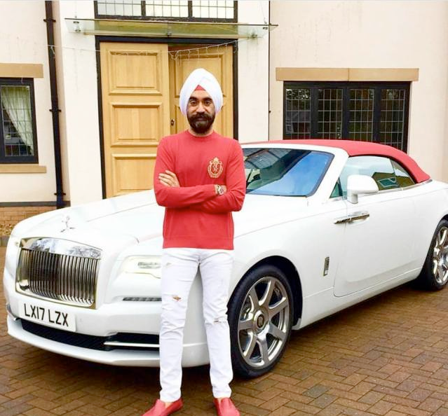Check out this Indian billionaire who has a different Rolls Royce to match all his different colored turban